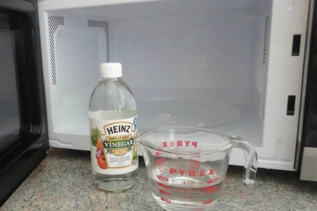 Как очистить микроволновку от жира в домашних условиях